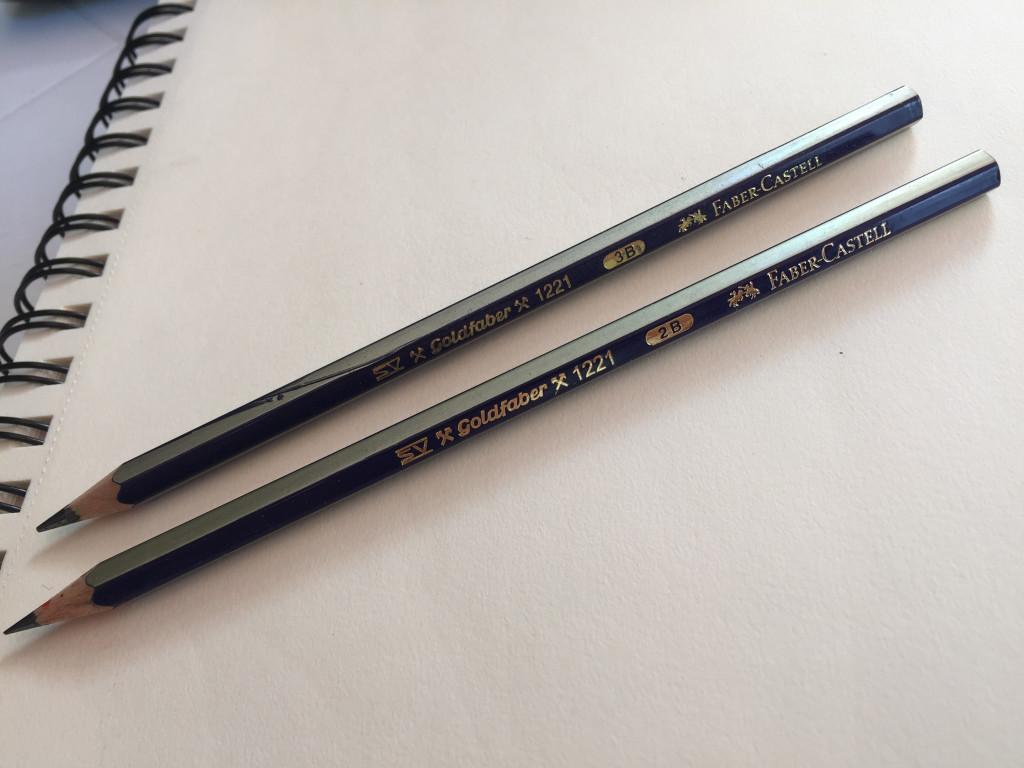 matite per disegnare una rosa