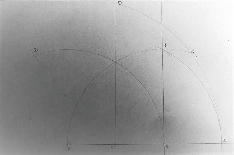 Come disegnare un pentagono fase 7